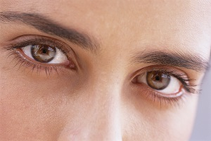 The Power of Eye Contact - Make Someone Fall in Love With You!