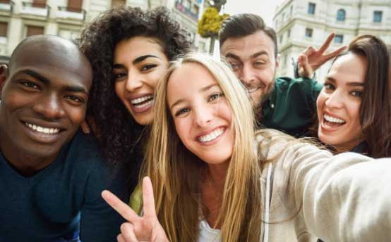 Here's the Reason Why You Need More Friends